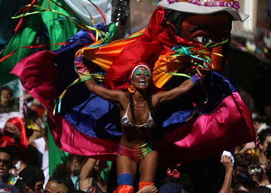 عروض الرقص فى شوارع البرازيل
