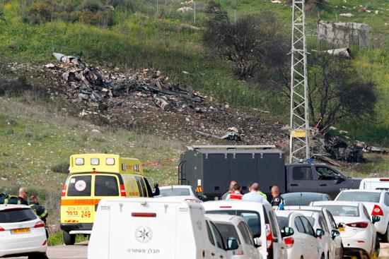 نقل الطياران الإسرائيليان المصابان إثر سقوط طائرتهما