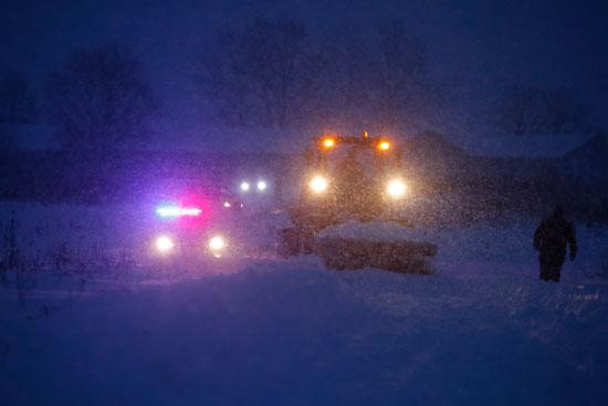 العاصفة الثلجية مستمرة بموقع حادث الطائرة الروسية