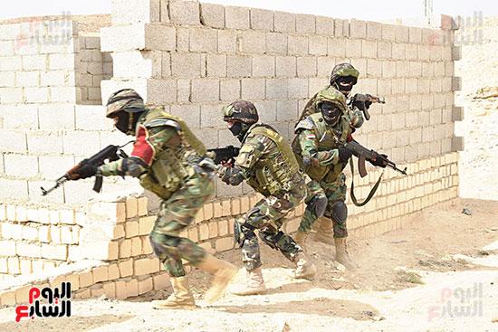 الجيش (4)