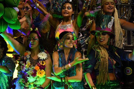 حسناوات البرازيل تشاركن فى كرنفال السامبا