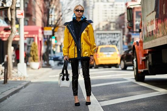 موديلات حقائب بأسبوع الموضة فى نيويورك (1)