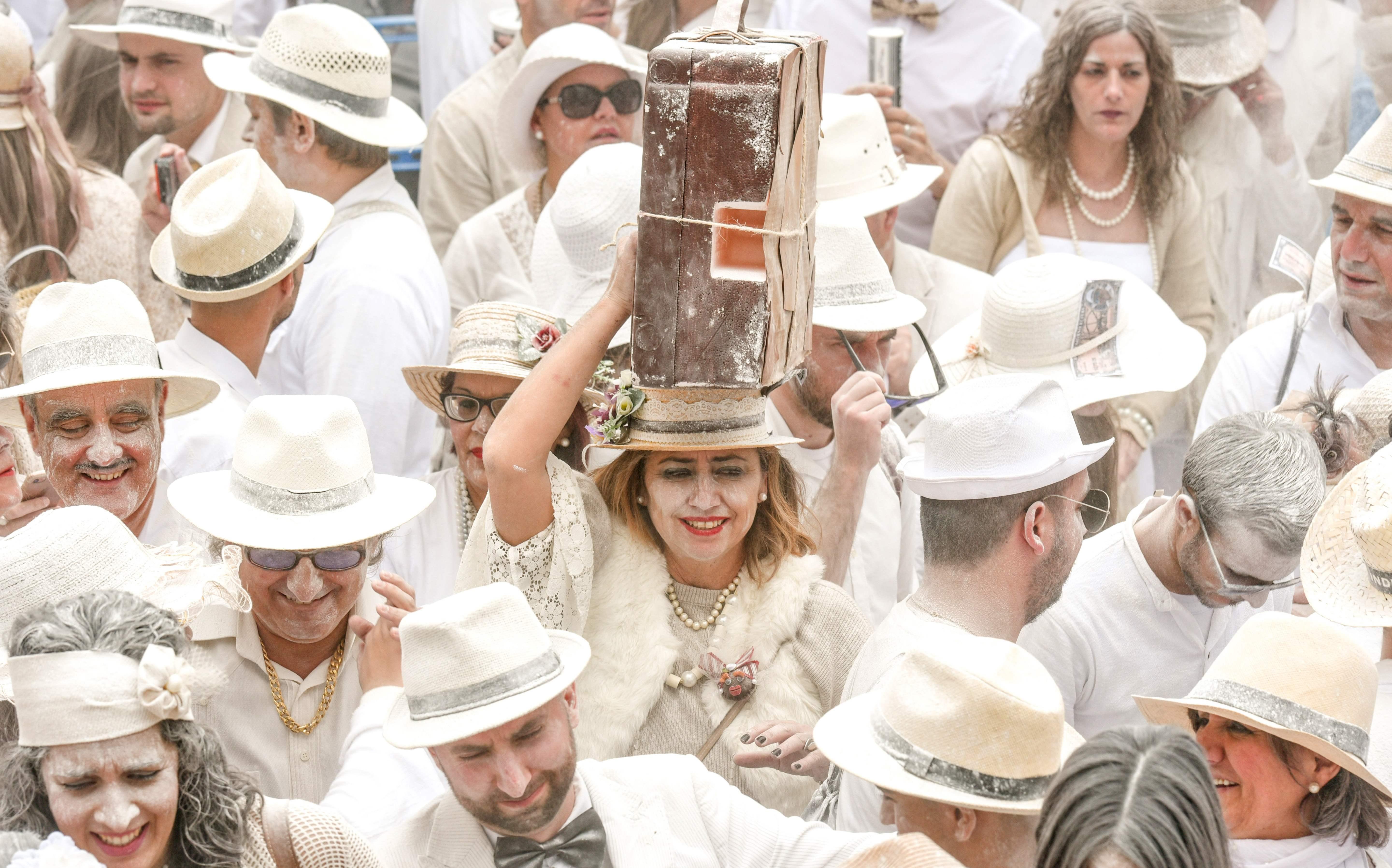 جانب من انطلاق مهرجان لوس انديانوس فى إسبانيا