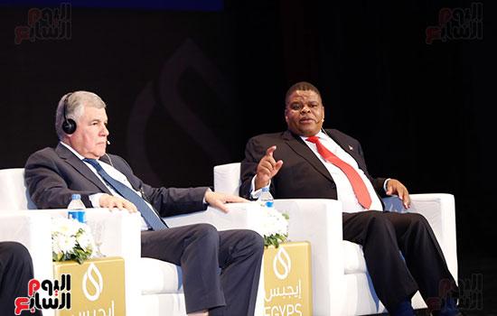 مؤتمر وزير البترول (12)