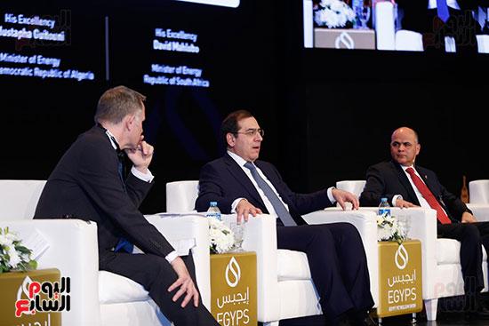 مؤتمر وزير البترول (19)