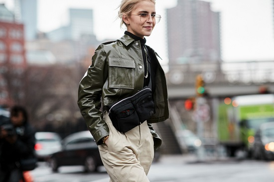 موديلات حقائب بأسبوع الموضة فى نيويورك (16)