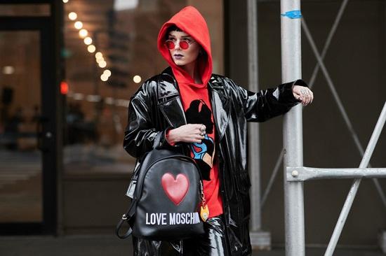 موديلات حقائب بأسبوع الموضة فى نيويورك (17)