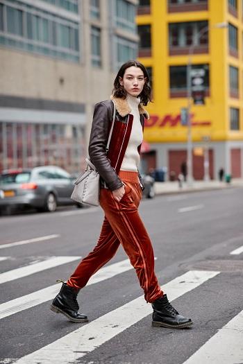 موديلات حقائب بأسبوع الموضة فى نيويورك (10)