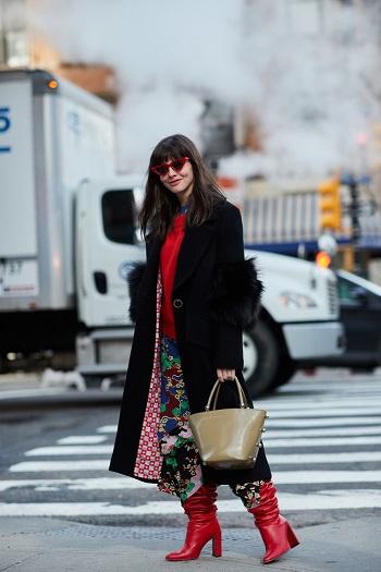 موديلات حقائب بأسبوع الموضة فى نيويورك (20)