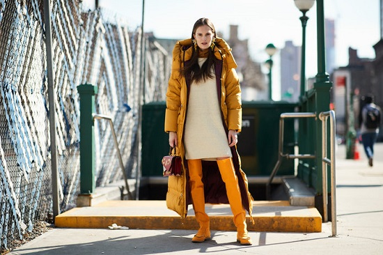 موديلات حقائب بأسبوع الموضة فى نيويورك (5)
