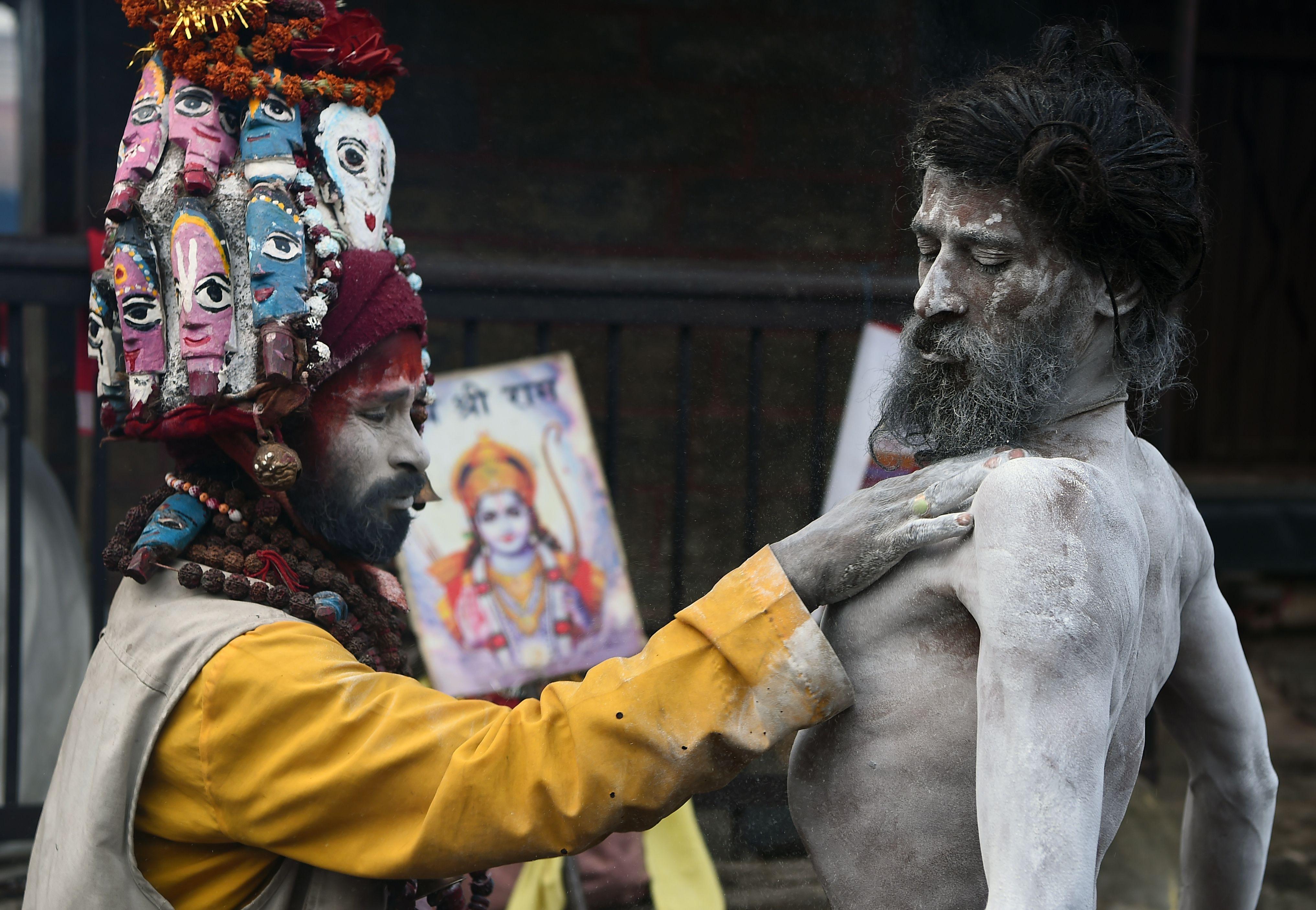 صور كرنفال هندوسى فى نيبال (1)