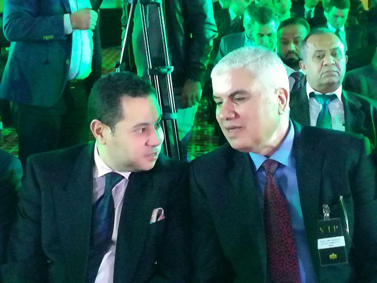 وزير قطاع الاعمال مع رئيس شركة ابو قير