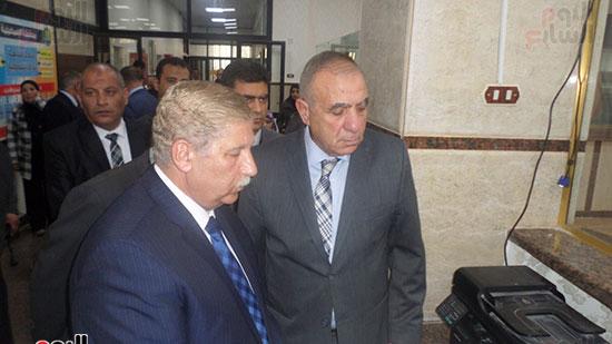 اللواء أبو بكر الجندى وزير التنمية المحلية (11)