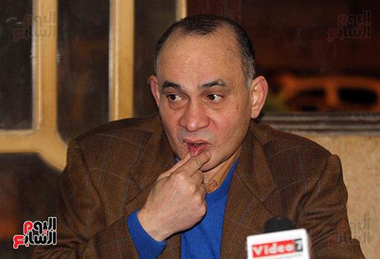 حمادة عبد اللطيف (13)