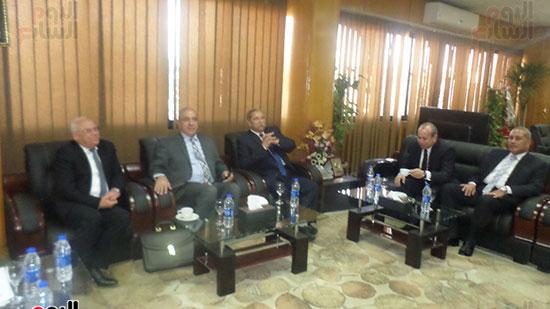اللواء أبو بكر الجندى وزير التنمية المحلية (1)