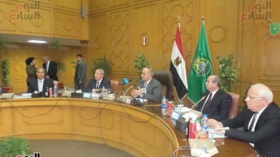 اللواء أبو بكر الجندى وزير التنمية المحلية (3)