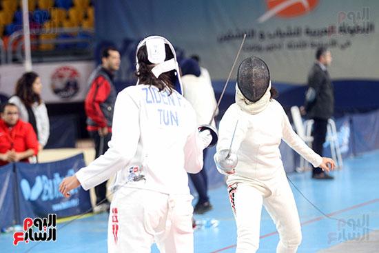 منافسات الشيش للشابات بالبطولة العربية للسلاح  (28)