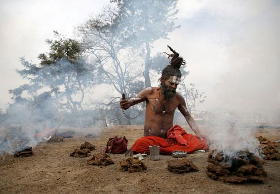 طقوس خاصة خلال مهرجان ماها شيفاتارى فى نيبال
