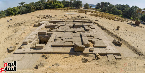 أثاثات المعبد
