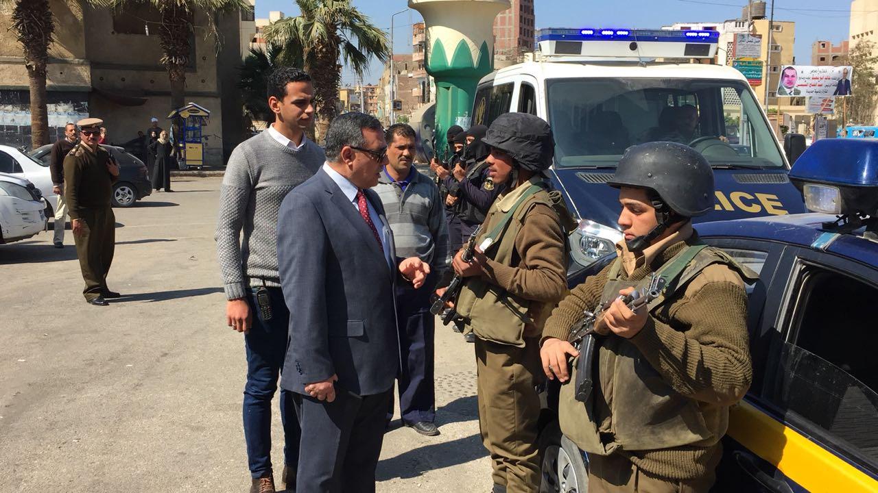 مدير أمن سوهاج يتفقد الأقوال الأمنية بمحيط المدينة  (1)