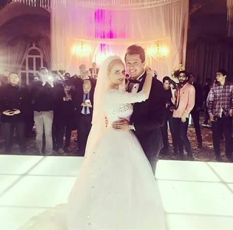 عمرو جمال وزوجته