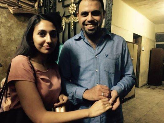 أحمد عبدالله خطب الصحفية إسراء شعلان أثناء تجديد حبسه بالنيابة