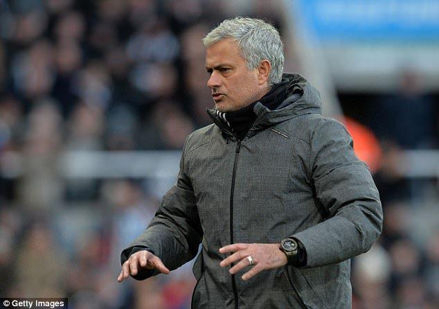 جوزيه مورينيو مدرب مانشستر يونايتد