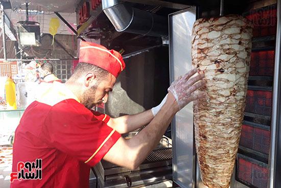 شاورما عيد الحب في بورسعيد