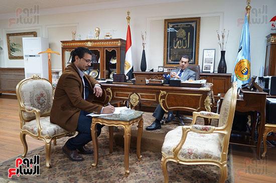 حوار ياسر الدسوقى محافظ أسيوط محافظ أسيوط