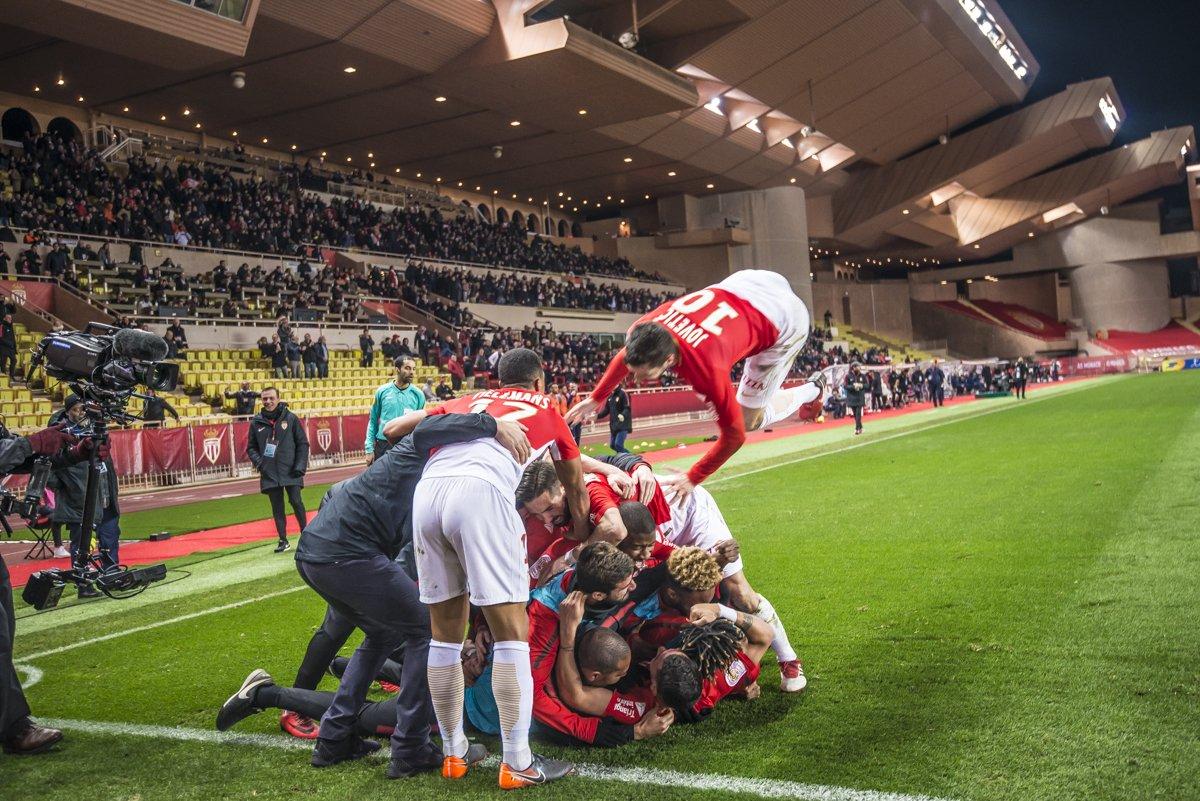 فريق موناكو فى الدورى الفرنسى