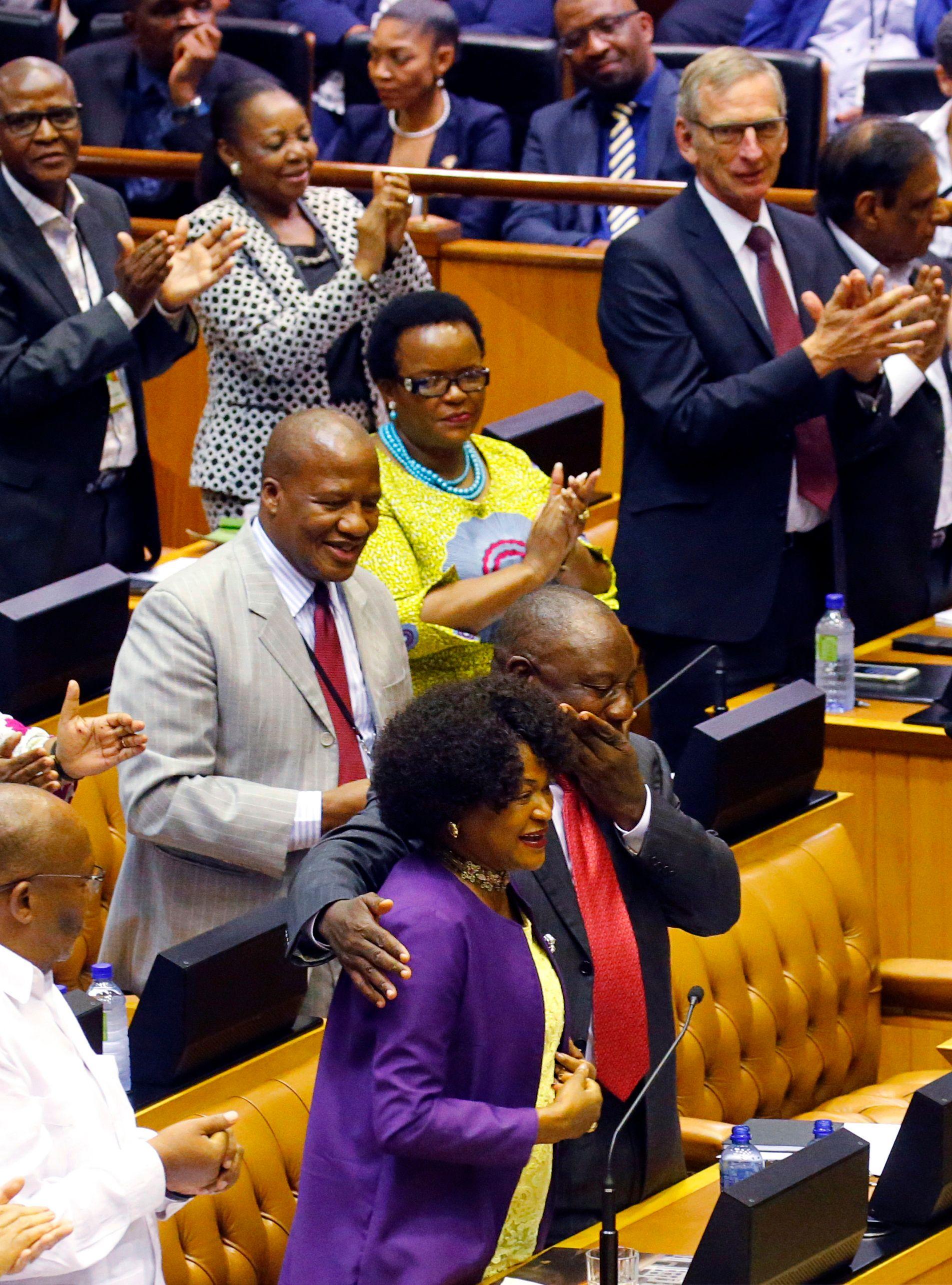 انتخاب سيريل رامافوسا رئيسا لجنوب أفريقيا