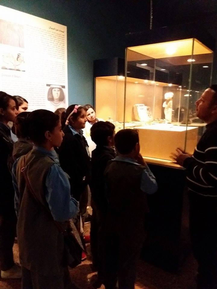 زيارة طلاب المدارس لمتحف ملوى (5)