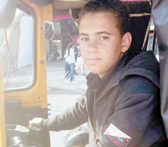 أحمد-عدلى-سائق
