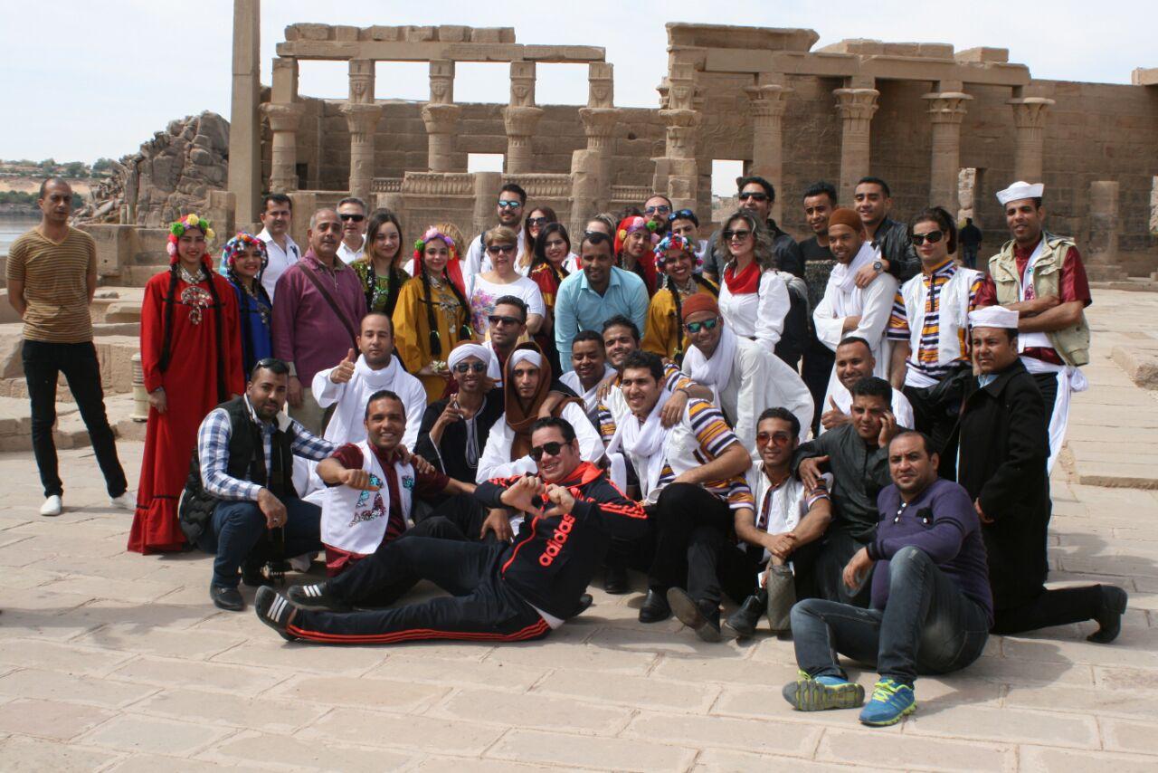 عروض لفرقة اليونان على المزمار بمهرجان أسوان للثقافة والفنون (2)