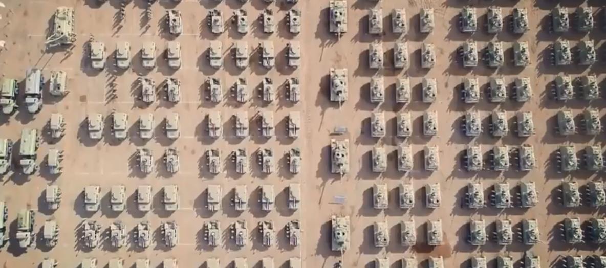 دبابات الصاعقة فى الفيديو
