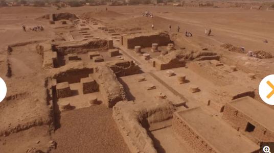 اجزاء من تمثال المصرى فى السودان
