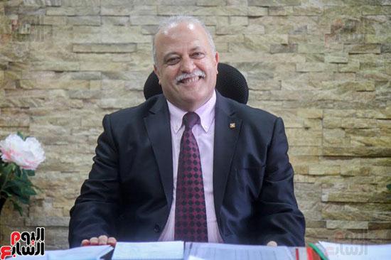 الدكتور-علاء-الدين-فهمى-رئيس-الشركة-القابضة-للصناعات-الغذائية-بوزارة-التموين