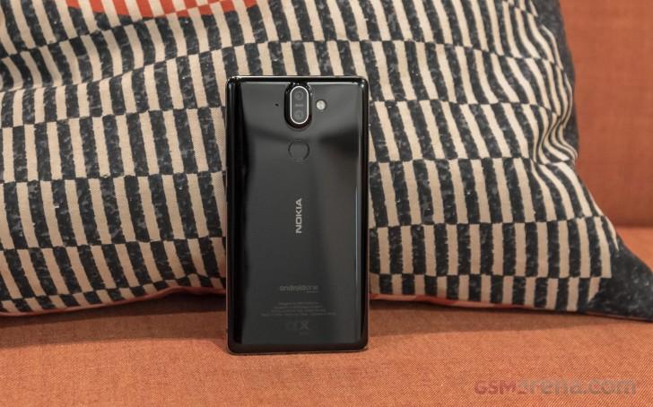 Nokia 8 Sirocco (2)