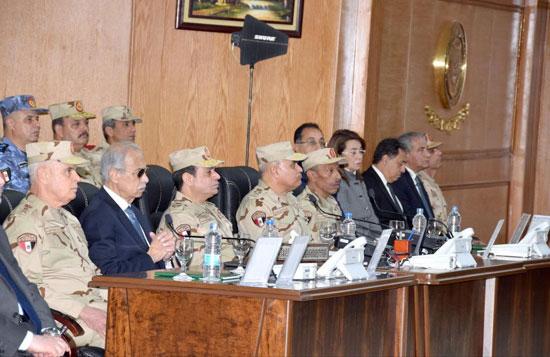 الرئيس السيسى يفتتح قيادة قوات شرق القناة لمكافحة الإرهاب