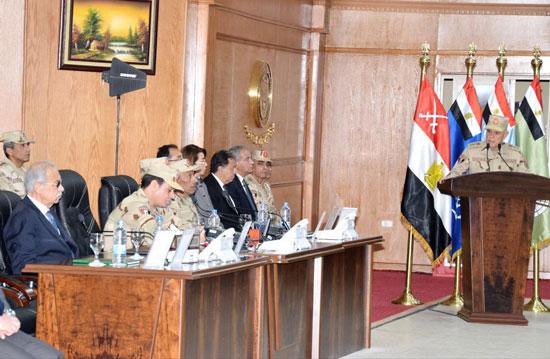 الرئيس السيسى بالزى العسكرى يفتتح قيادة قوات شرق القناة لمكافحة الإرهاب