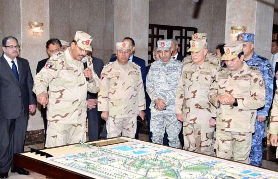 الرئيس السيسي فى قيادة قوات شرق القناة لمكافحة الإرهاب