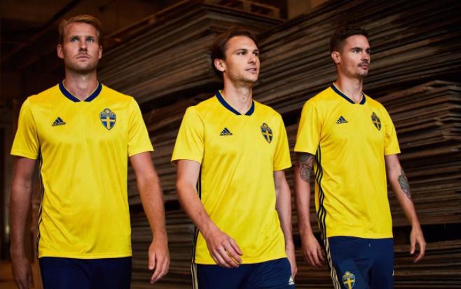 قميص السويد