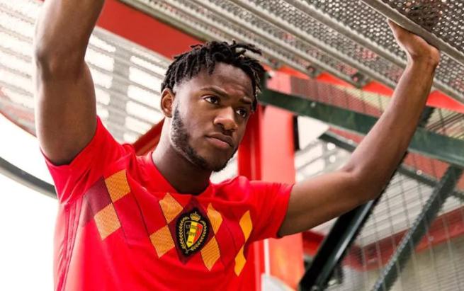 قميص المنتخب البلجيكى