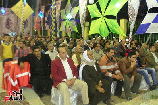 جانب من الحضور من الرجال
