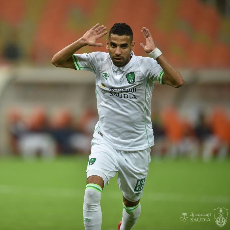 مؤمن زكريا لاعب الاهلي السعودي