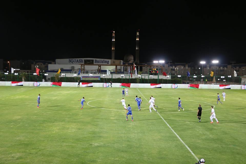 محافظ جنوب سيناء مع فريق كره القدم (3)