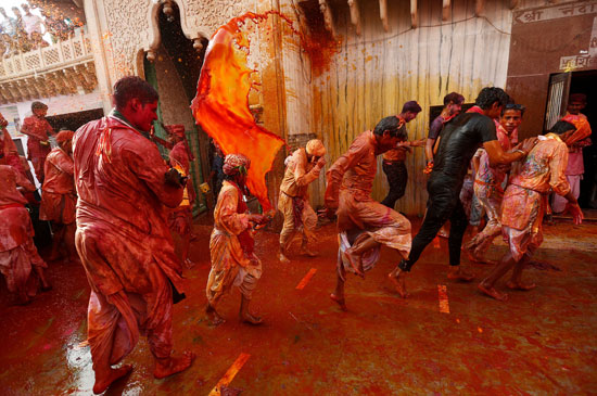 المهرجان في شوارع الهند