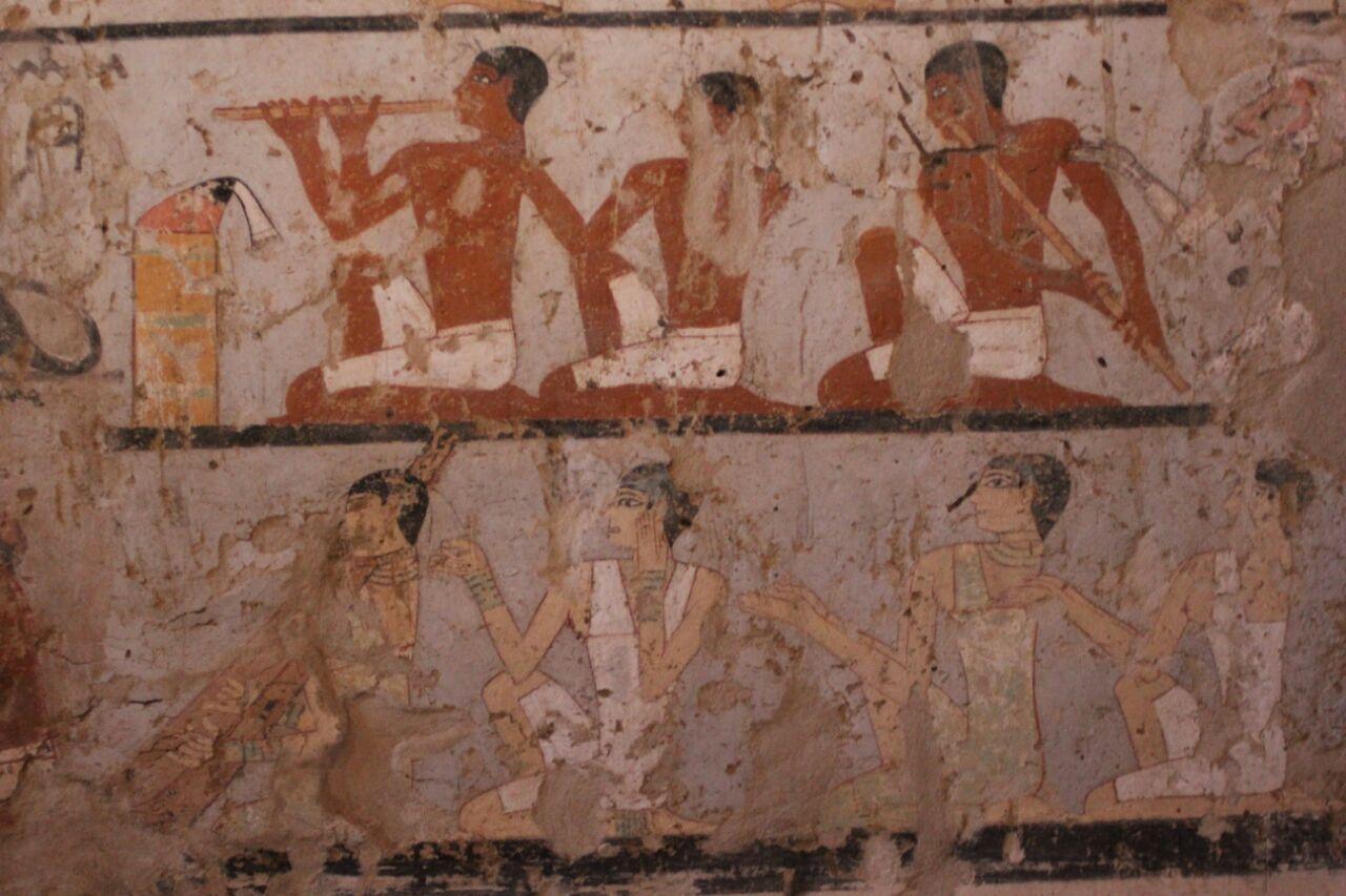 مقبرة حتبت المكتشفة بالجبانة الغربية (7)