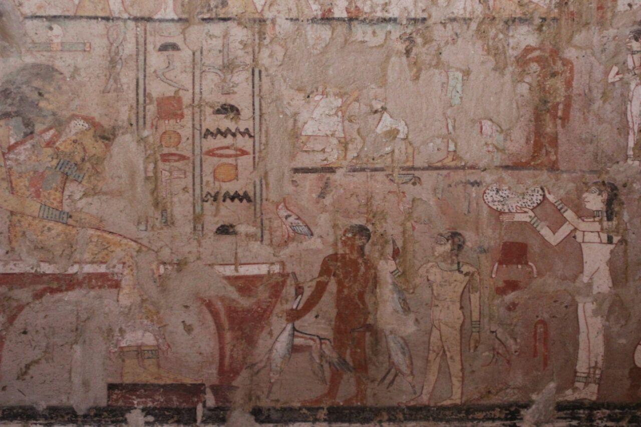 مقبرة حتبت المكتشفة بالجبانة الغربية (6)