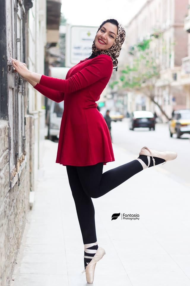 الفتاة فى شوارع الاسكندرية
